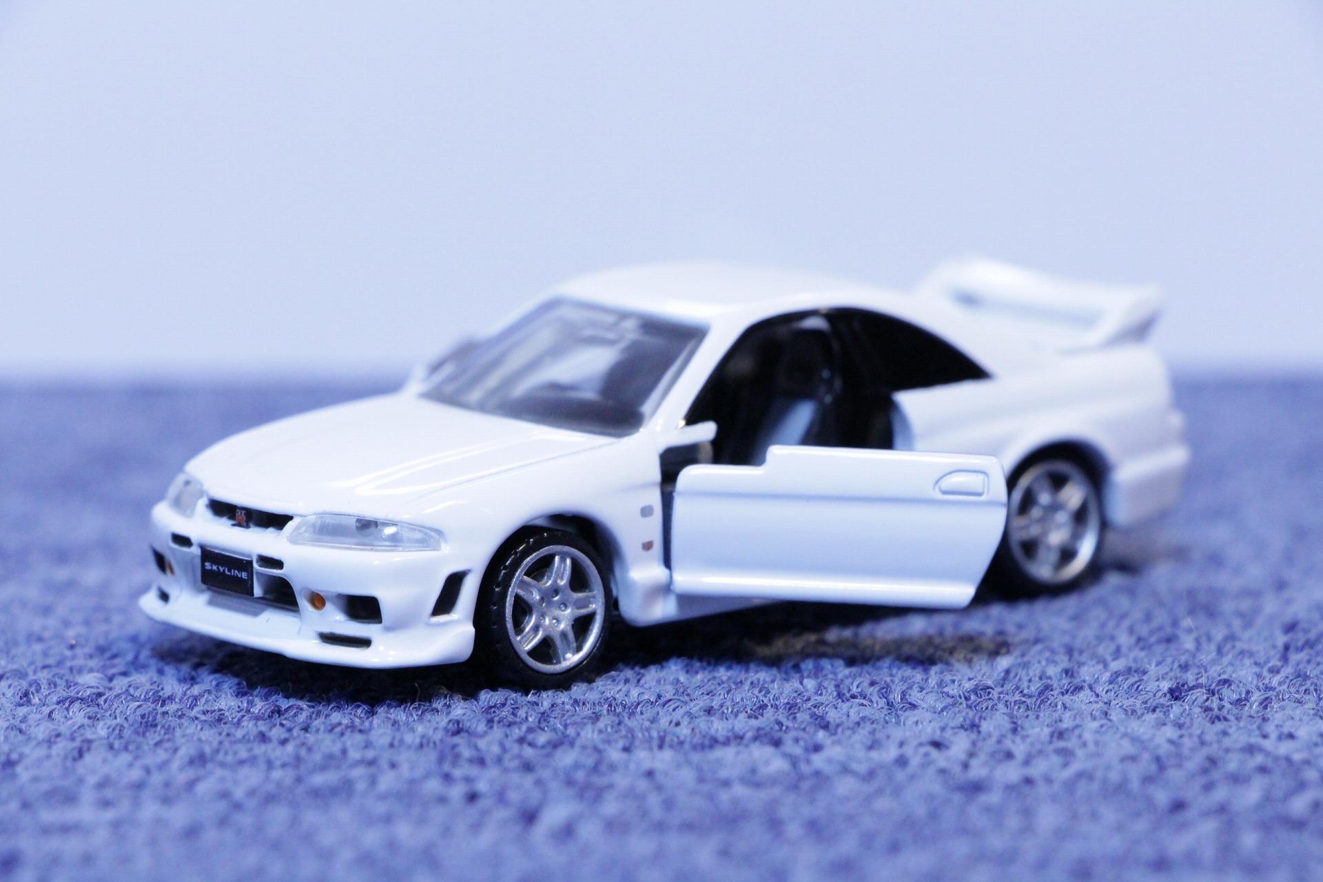 タカラトミー プレミアム トミカ No.13 日産 スカイライン GT-R
