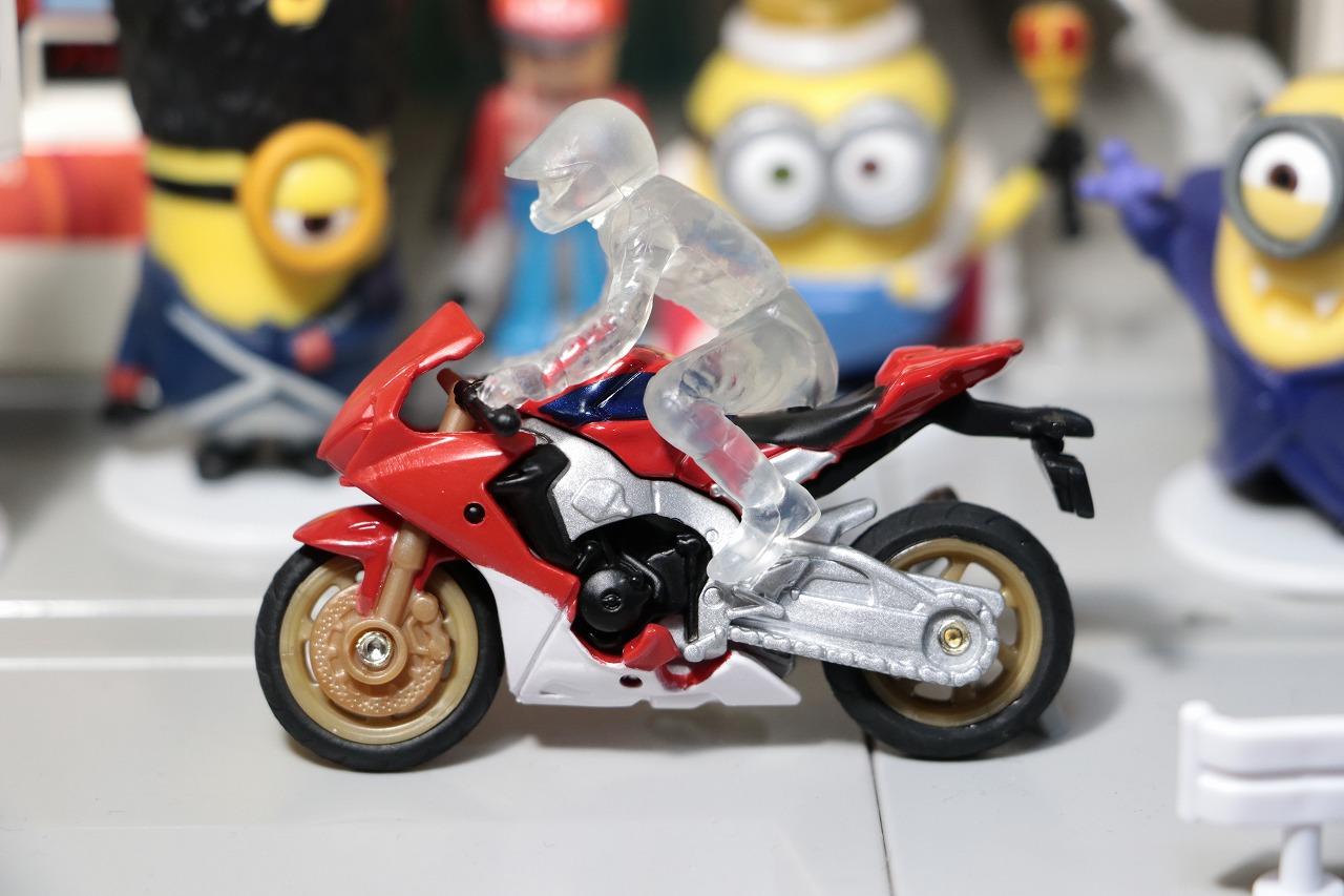 タカラトミー トミカ No.36 ホンダ CBR 1000 RR Takara Tommy Tomica No.36 Honda CBR 1000 RR